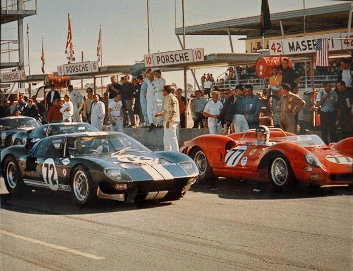 b92f1bcef40e69fa80fa9e5ca77c5561--ford-gt-old-cars