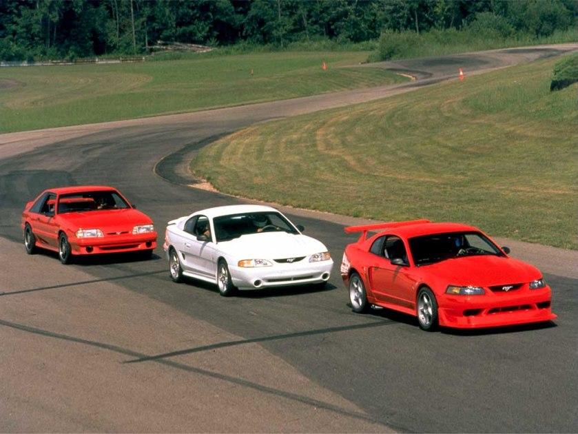 2000_Ford_MustangCobraR2