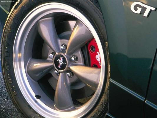 2001-bullitt-mustang-wheel